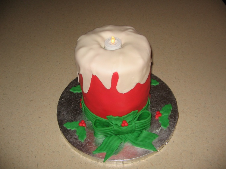 Christmas Candle Cake Images : Holiday and Event Cakes